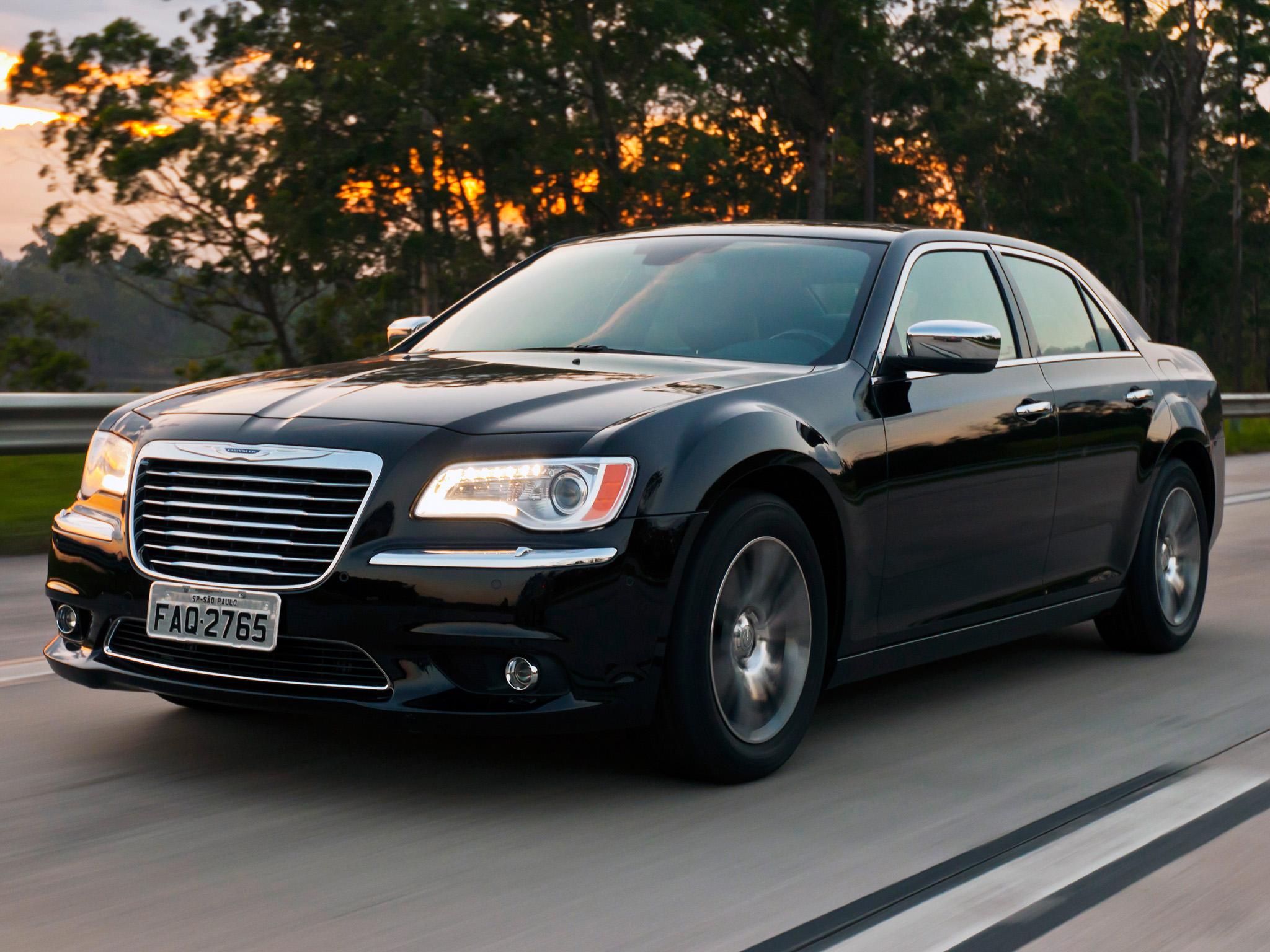 Chrysler 300С фото