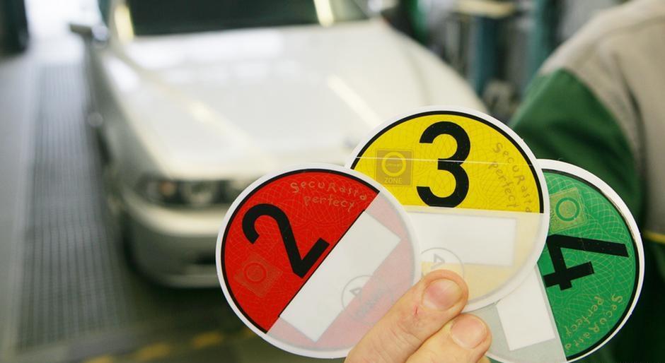 Запреты по экоклассу авто приведут к дискриминации водителей