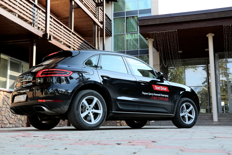 Porsche Macan фото