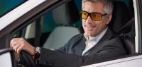 Помогут ли желтые очки водителю в темное время суток?